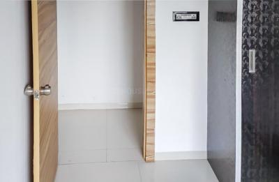 Gallery Cover Image of 900 Sq.ft 2 BHK Apartment for rent in Ravet for 18000