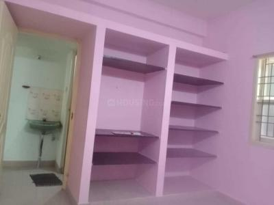 Gallery Cover Image of 1250 Sq.ft 2 BHK Apartment for rent in Velachery for 15000