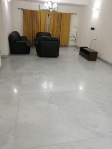 Gallery Cover Image of 2000 Sq.ft 3 BHK Apartment for rent in Neelankarai for 60000
