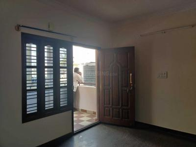 Gallery Cover Image of 800 Sq.ft 2 BHK Independent Floor for rent in Hebbal Kempapura for 13000