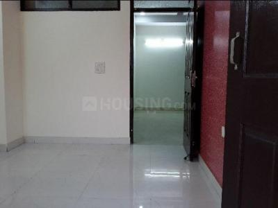Gallery Cover Image of 650 Sq.ft 1 BHK Independent Floor for rent in Nyay Khand for 8000