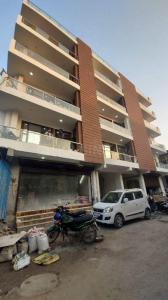 Gallery Cover Image of 950 Sq.ft 2 BHK Apartment for buy in Vasant Kunj for 5000000