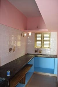 Gallery Cover Image of 800 Sq.ft 1 BHK Independent Floor for rent in Whitefield for 7500