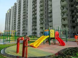 Gallery Cover Image of 400 Sq.ft 1 BHK Apartment for buy in Signature Global Solera, Sector 107 for 1700000