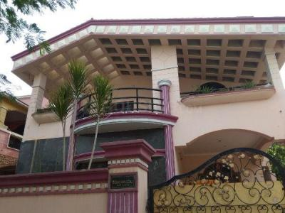 Gallery Cover Image of 5500 Sq.ft 4 BHK Independent House for buy in Old Bowenpally for 20000000