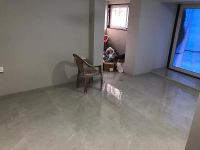 Gallery Cover Image of 1200 Sq.ft 3 BHK Apartment for buy in Vile Parle East for 30000000