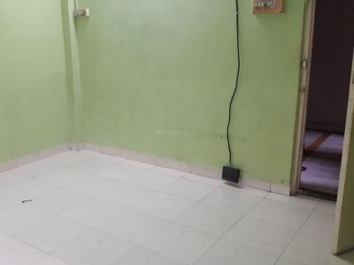 Gallery Cover Image of 370 Sq.ft 1 BHK Apartment for rent in Goregaon East for 18000