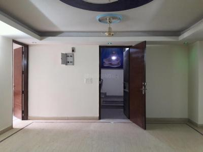 Gallery Cover Image of 1900 Sq.ft 3 BHK Independent Floor for rent in Chhattarpur for 24000