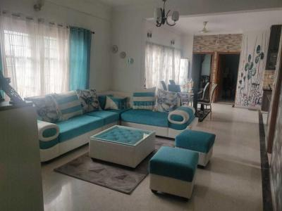 Gallery Cover Image of 1810 Sq.ft 3 BHK Apartment for buy in Cooke Town for 13500000