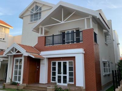 Gallery Cover Image of 3544 Sq.ft 3 BHK Villa for buy in Prestige Augusta Golf Village, Anagalapura for 30000000