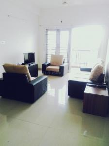 Gallery Cover Image of 1350 Sq.ft 3 BHK Apartment for rent in Kovilambakkam for 35000
