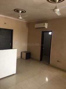 Gallery Cover Image of 1200 Sq.ft 2 BHK Apartment for rent in Hastsal for 7000