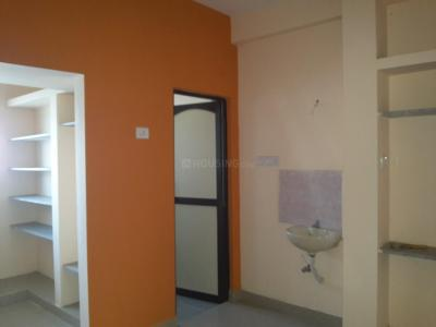 Gallery Cover Image of 750 Sq.ft 2 BHK Independent House for buy in Sithalapakkam for 3500000