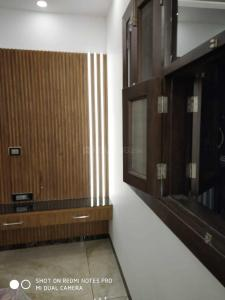 Gallery Cover Image of 600 Sq.ft 2 BHK Independent House for rent in Sector 11 Rohini for 13500