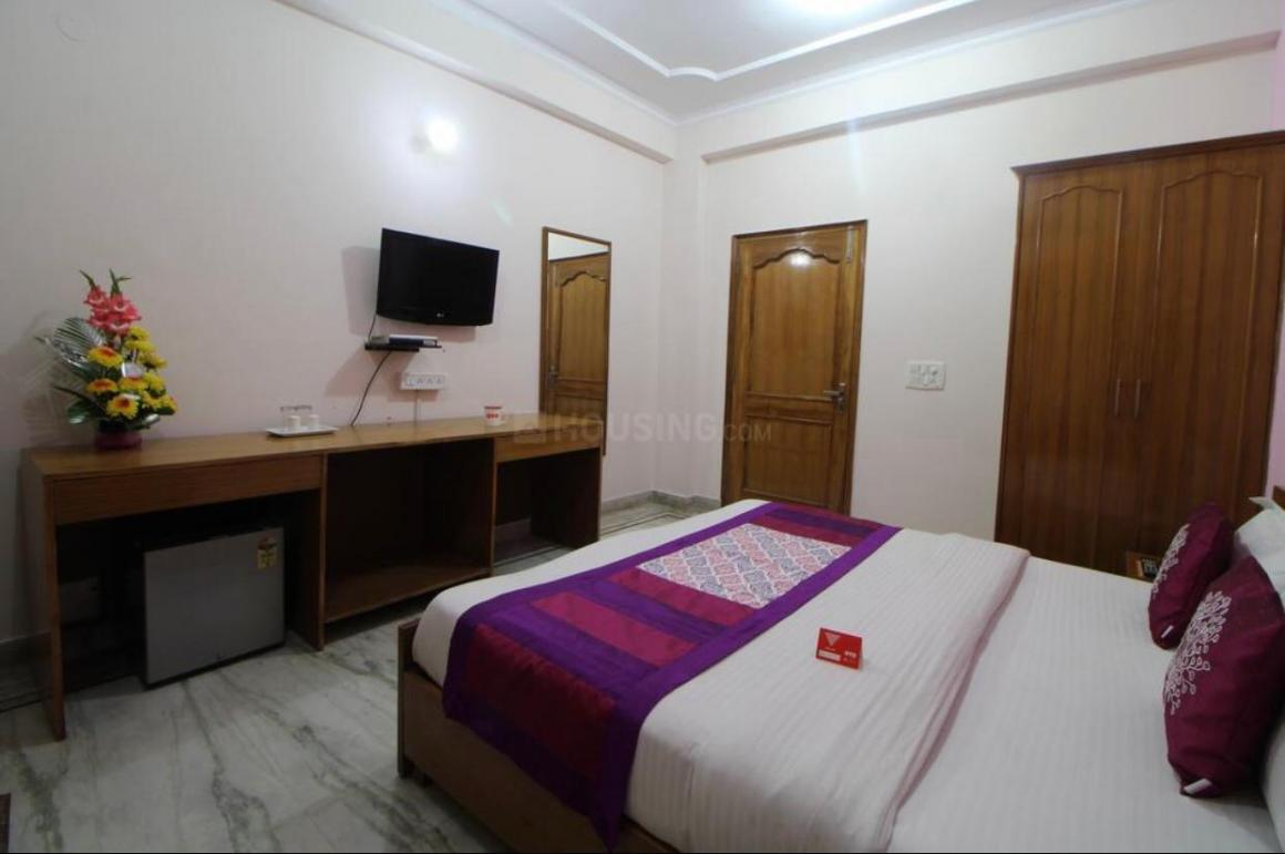 Bedroom Image of 1850 Sq.ft 4 BHK Apartment for rent in DLF Phase 3 for 60000
