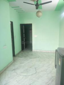 Gallery Cover Image of 550 Sq.ft 1 BHK Independent Floor for rent in Vikaspuri for 12000