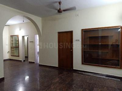 Gallery Cover Image of 1200 Sq.ft 2 BHK Independent House for rent in West Mambalam for 21000