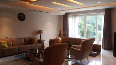 Gallery Cover Image of 1500 Sq.ft 2 BHK Apartment for rent in Greater Kailash for 70000