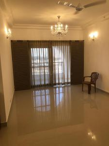 Gallery Cover Image of 2061 Sq.ft 3 BHK Apartment for rent in Hennur Main Road for 55000
