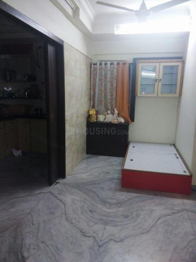 सायन में रमेश पीजी के बेडरूम की तस्वीर