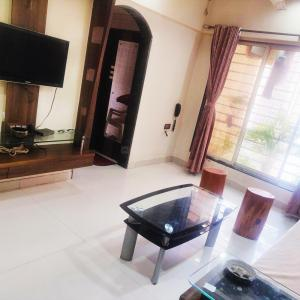 Gallery Cover Image of 770 Sq.ft 2 BHK Apartment for buy in Bhayandar East for 9000000