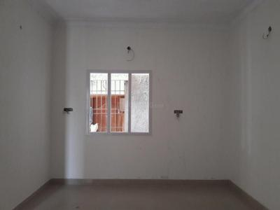 Gallery Cover Image of 1010 Sq.ft 2 BHK Apartment for buy in Kolathur for 6000000