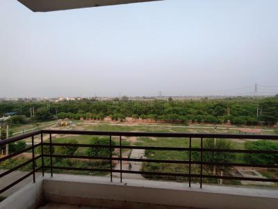 Gallery Cover Image of 2300 Sq.ft 4 BHK Apartment for rent in Sector 65 for 13000