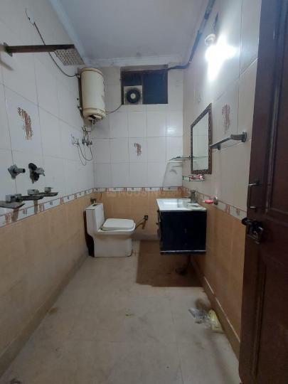 Bathroom Image of Parmountain PG in Mukherjee Nagar