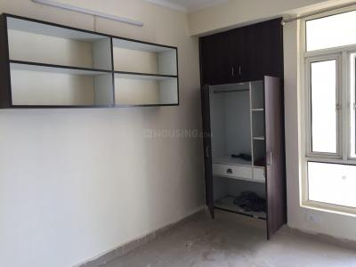 Gallery Cover Image of 1600 Sq.ft 3 BHK Apartment for rent in Noida Extension for 8000