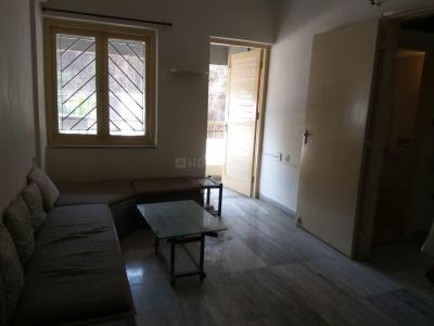 Gallery Cover Image of 525 Sq.ft 1 BHK Apartment for rent in Malad East for 27000