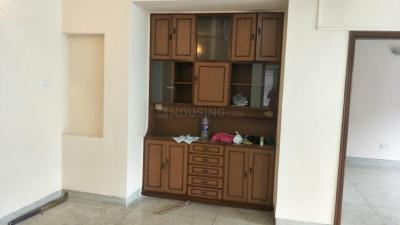 Gallery Cover Image of 2150 Sq.ft 3 BHK Apartment for rent in Park Street Area for 50000