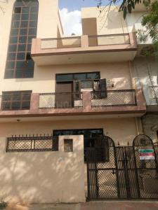 Gallery Cover Image of 950 Sq.ft 2 BHK Independent Floor for rent in Gamma II Greater Noida for 12000