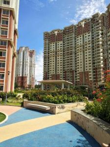 Gallery Cover Image of 1300 Sq.ft 2 BHK Apartment for rent in Gunjur Village for 28000