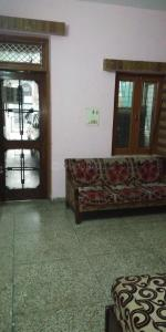 Gallery Cover Image of 900 Sq.ft 1 RK Independent Floor for rent in Sector 17 for 7500