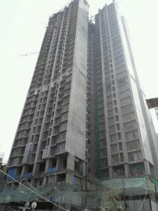 Gallery Cover Image of 1500 Sq.ft 3 BHK Apartment for buy in Kandivali West for 19900000