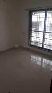 Gallery Cover Image of 750 Sq.ft 2 BHK Apartment for rent in Kandivali West for 50000