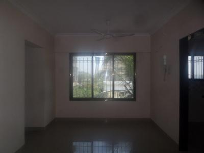 Gallery Cover Image of 680 Sq.ft 2 BHK Apartment for rent in Vile Parle East for 55000