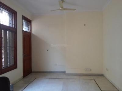 Gallery Cover Image of 2500 Sq.ft 3 BHK Independent Floor for buy in Jasola for 32500000