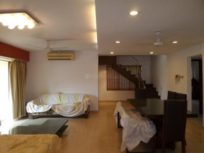 Gallery Cover Image of 3200 Sq.ft 5 BHK Apartment for buy in Chembur for 69000000