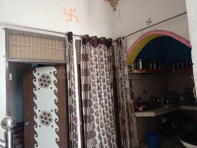 Gallery Cover Image of 150 Sq.ft 1 RK Independent House for buy in Shiv Nagar for 2000000