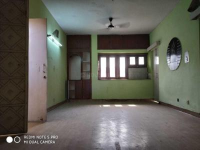 Gallery Cover Image of 1100 Sq.ft 2 BHK Apartment for rent in Sarita Vihar for 22500