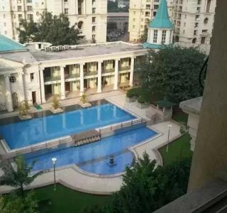 Gallery Cover Image of 5000 Sq.ft 6 BHK Independent Floor for buy in Hiranandani Meadows, Thane West for 95000000