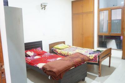 Bedroom Image of Shree Shyam PG in Green Field Colony