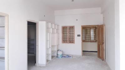 Gallery Cover Image of 662 Sq.ft 1 BHK Apartment for buy in Uppal for 2800000