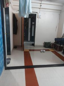 Gallery Cover Image of 400 Sq.ft 1 RK Apartment for rent in Shivaji Raje Complex, Kandivali West for 13000