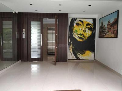 Gallery Cover Image of 1400 Sq.ft 3 BHK Apartment for rent in Silver Palace, Bandra West for 200000