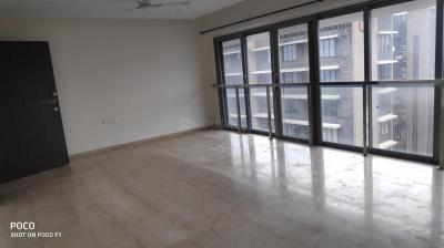 Gallery Cover Image of 1560 Sq.ft 3 BHK Apartment for rent in Man Shanti Sadan, Bandra West for 165000