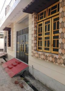 Gallery Cover Image of 925 Sq.ft 2 BHK Independent House for buy in Fazullaganj for 3700000
