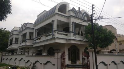 Gallery Cover Image of 3250 Sq.ft 5 BHK Independent House for rent in Kharbi for 85000
