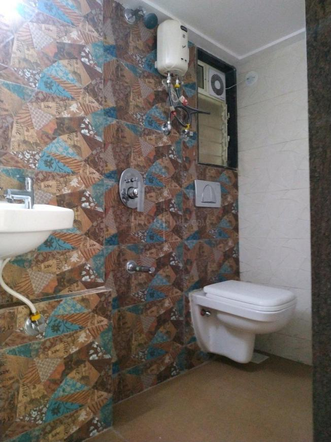 Common Bathroom Image of 1050 Sq.ft 2 BHK Apartment for rent in Whitefield for 19000